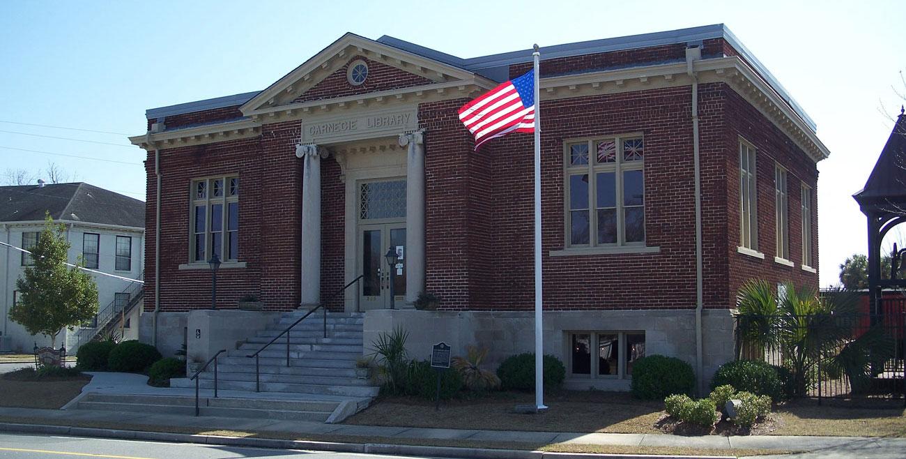 Valdosta Carnegie Library inaugurated in 1914